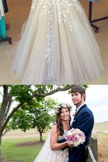 Stunning V-neck Sleeveless Sweep Train Lilac Prom / Wedding Dress with White Appliques M5377