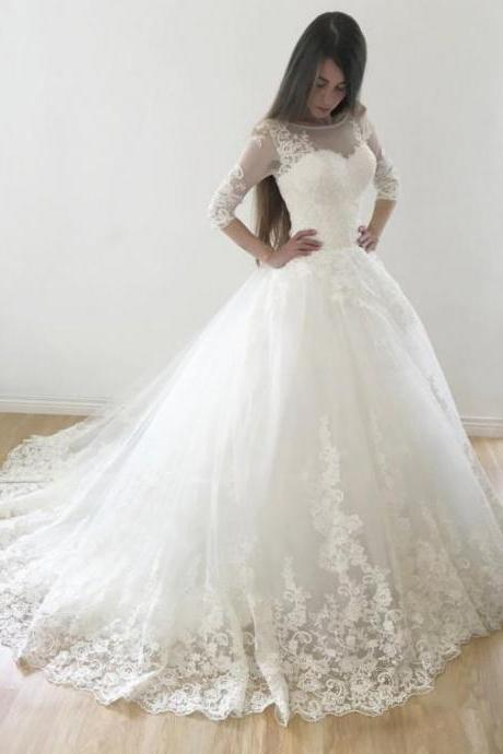 Ball Gown Wedding Dresses Scoop Sweep Train Lace Tulle Chic Bridal Gown M6054